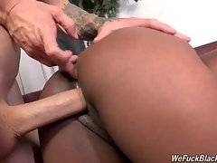 Booty Black Chick Gets Deeply Pounded 3