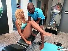 Diamond Monrow does her exercises under the control of Sean Michaels.